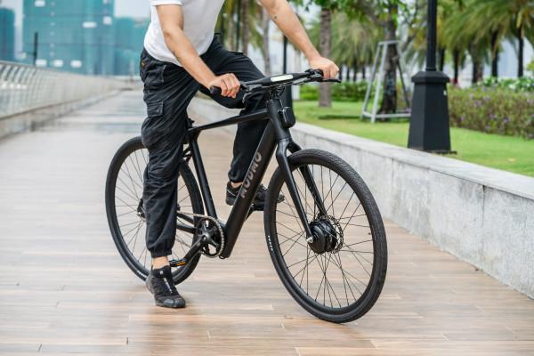 Das-neue-Modmo-Saigon-Urban-E-Bike