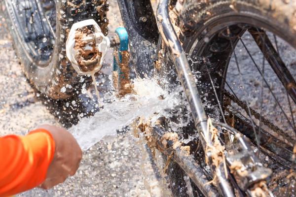 E-Bike-waschen-Auf-diese-Punkte-solltest-Du-achten