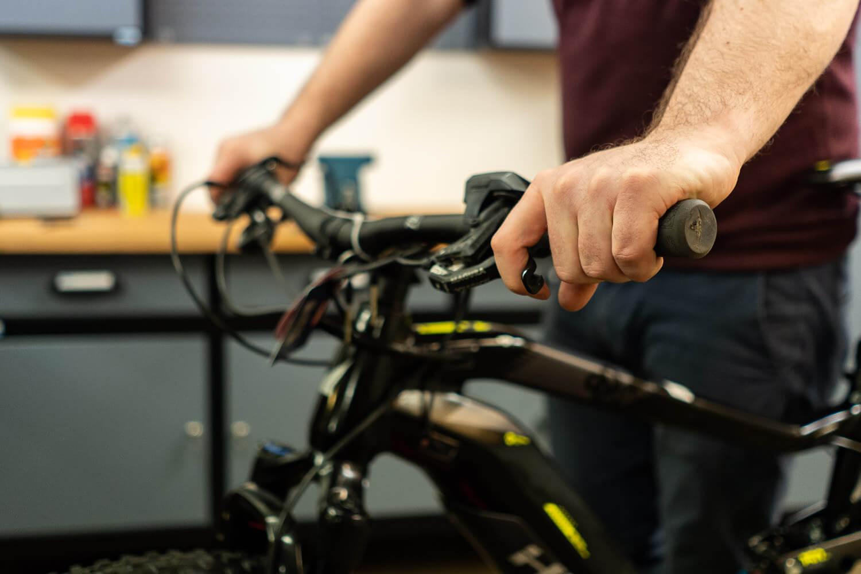 web_e-bike-wartung-fruehjahrscheck-fuers-pedelec_e-bike-gebraucht-kaufen_rebike1-08925